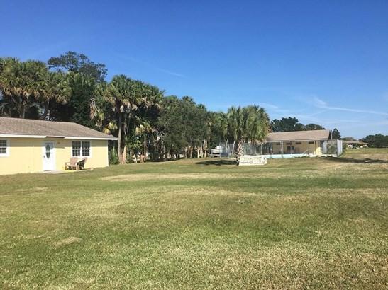 198 Rosewood Drive, Fort Pierce, FL - USA (photo 3)
