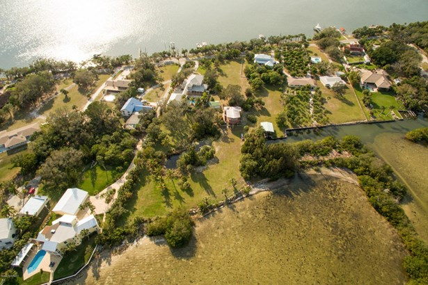 Merritt Island, FL - USA (photo 1)