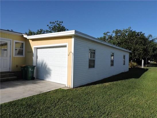 8268 Brown Road , Barefoot Bay, FL - USA (photo 5)