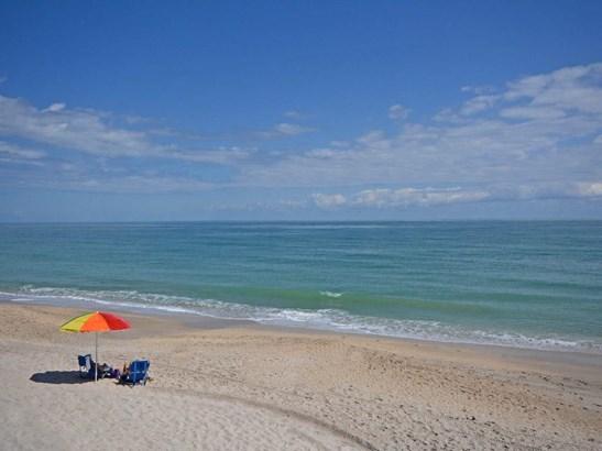 3939 Ocean Drive 305b, Vero Beach, FL - USA (photo 1)