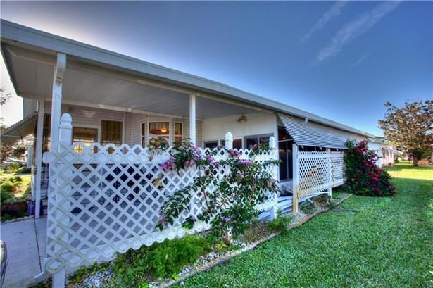 323 Loquat Drive , Barefoot Bay, FL - USA (photo 4)