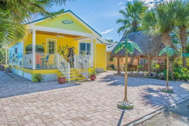 33 Vip Island Unit A, Grant Valkaria, FL - USA (photo 2)