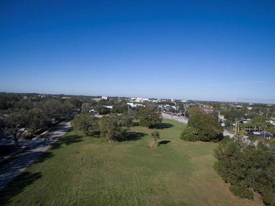 901 20th Street, Vero Beach, FL - USA (photo 1)