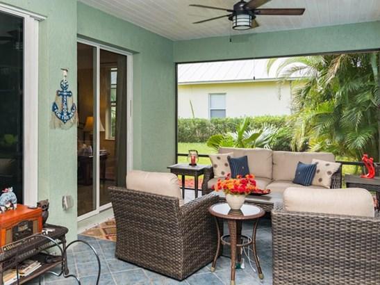 1015 White Tail Avenue Sw , Vero Beach, FL - USA (photo 3)