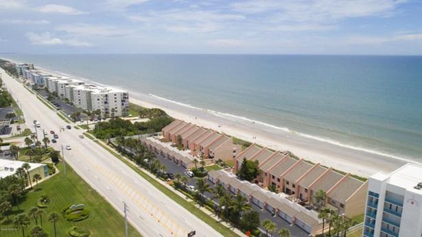 547 Highway A1a, Satellite Beach, FL - USA (photo 2)