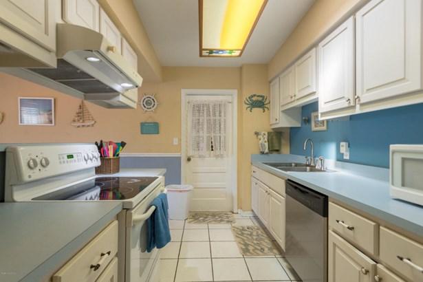 1135 Morse Avenue, Titusville, FL - USA (photo 3)