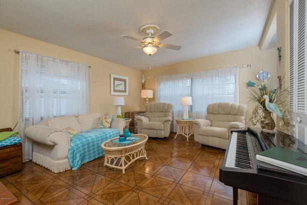 1135 Morse Avenue, Titusville, FL - USA (photo 4)