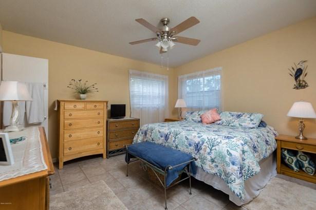1135 Morse Avenue, Titusville, FL - USA (photo 5)