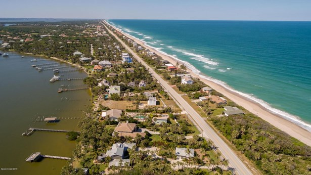 8005 Highway A1a, Melbourne Beach, FL - USA (photo 1)