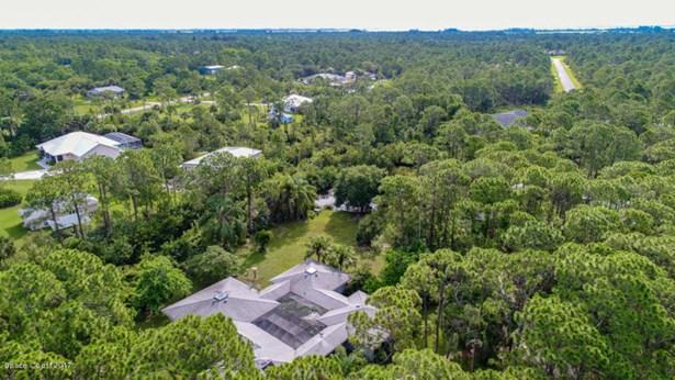 3920 Mangrove Place, Grant Valkaria, FL - USA (photo 4)