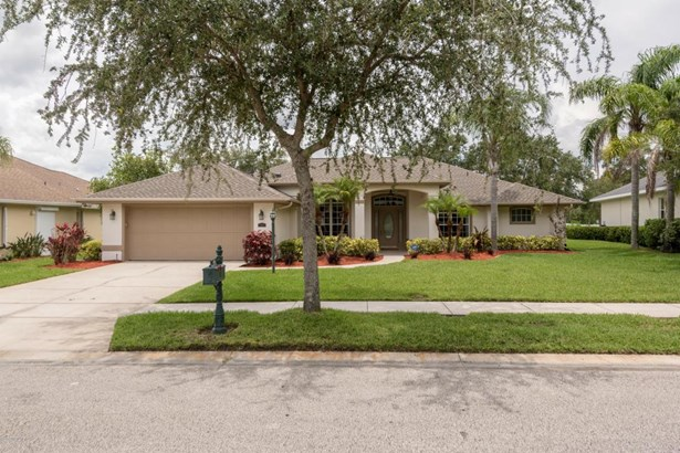 941 Gardenbrook Court, Palm Bay, FL - USA (photo 1)