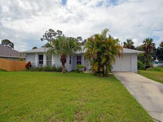 8303 Penny Lane, Fort Pierce, FL - USA (photo 1)