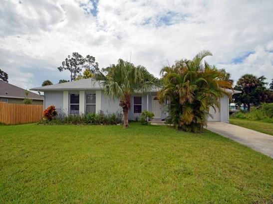 8303 Penny Lane, Fort Pierce, FL - USA (photo 2)