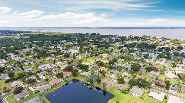 261 Lake Shore Drive, Merritt Island, FL - USA (photo 3)