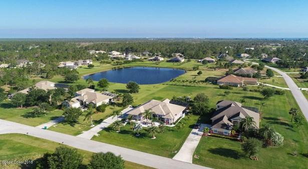 3928 Gardenwood Circle, Grant Valkaria, FL - USA (photo 2)