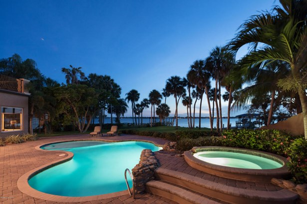 Merritt Island, FL - USA (photo 3)