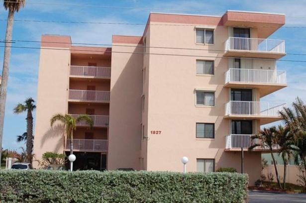 1527 Atlantic Avenue S Unit 203, Cocoa Beach, FL - USA (photo 1)