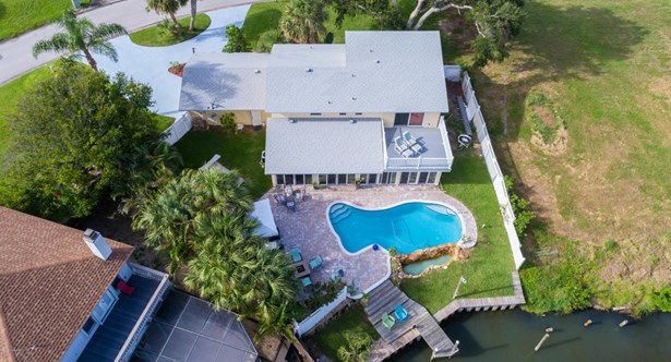 400 Riverview Lane, Melbourne Beach, FL - USA (photo 2)