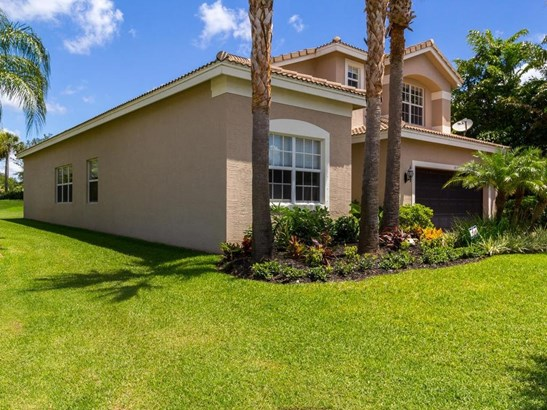 1913 Grey Falcon Circle Sw, Vero Beach, FL - USA (photo 2)
