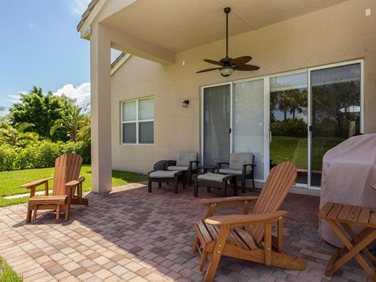 1913 Grey Falcon Circle Sw, Vero Beach, FL - USA (photo 3)