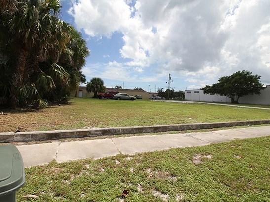 534 S 5th Street, Fort Pierce, FL - USA (photo 2)