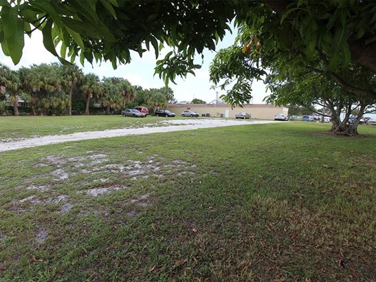 534 S 5th Street, Fort Pierce, FL - USA (photo 3)