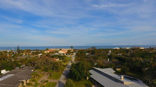1200 Shannon Avenue S, Indialantic, FL - USA (photo 5)