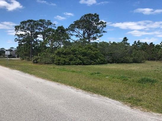 3888 Gardenwood Circle , Grant Valkaria, FL - USA (photo 3)