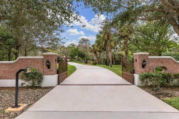 2700 Riverside Drive N, Indialantic, FL - USA (photo 3)