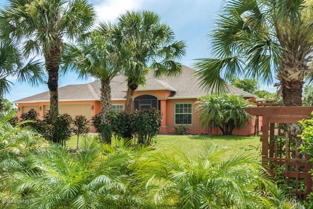 5883 Goldrush Avenue, Grant Valkaria, FL - USA (photo 1)