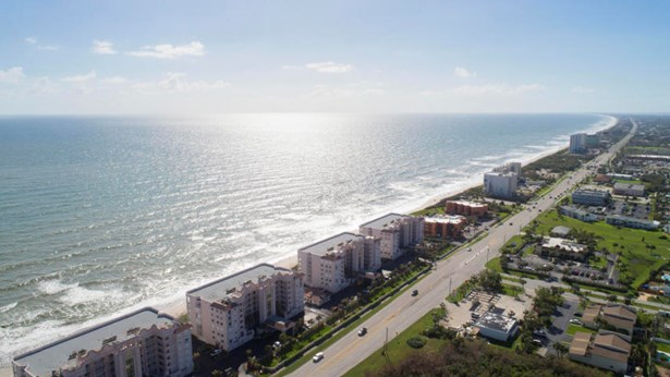 2075 Highway A1a Unit 2604, Indian Harbour Beach, FL - USA (photo 2)