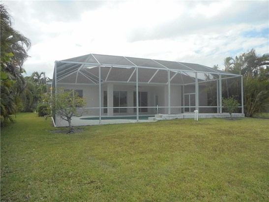 370 25th Avenue Sw, Vero Beach, FL - USA (photo 4)