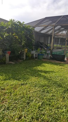 484 Ne Heather Avenue, Palm Bay, FL - USA (photo 3)