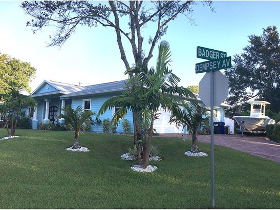 714 Dempsey Avenue, Sebastian, FL - USA (photo 3)