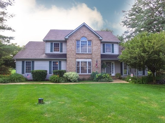 House, 2 Story - BELVIDERE, IL
