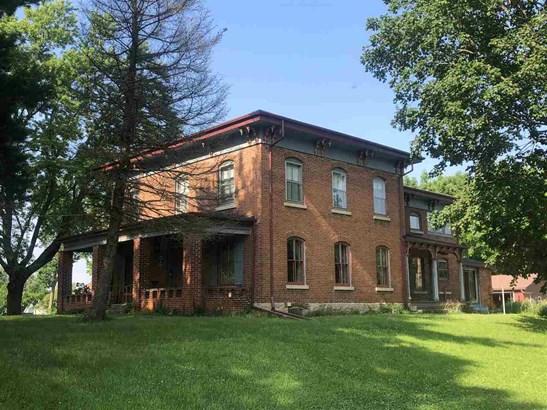 House, 2 Story - PECATONICA, IL