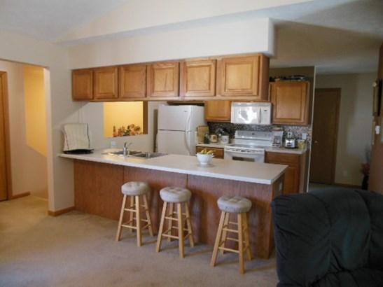 Condominium, Second Floor - ROCKFORD, IL (photo 2)