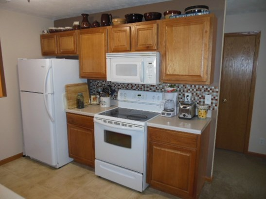 Condominium, Second Floor - ROCKFORD, IL (photo 4)
