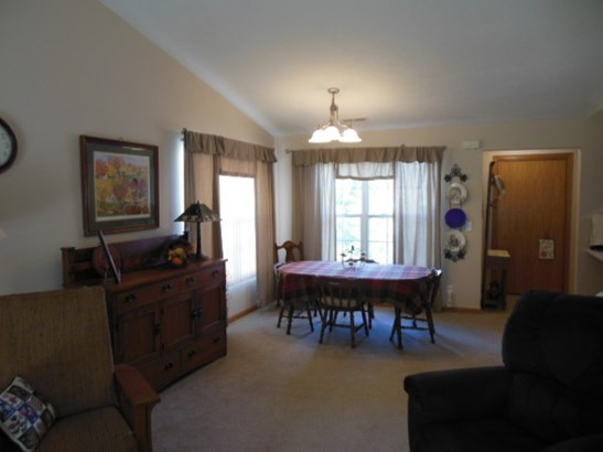 Condominium, Second Floor - ROCKFORD, IL (photo 5)