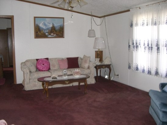 Mobile Home, House - MACHESNEY PARK, IL (photo 5)