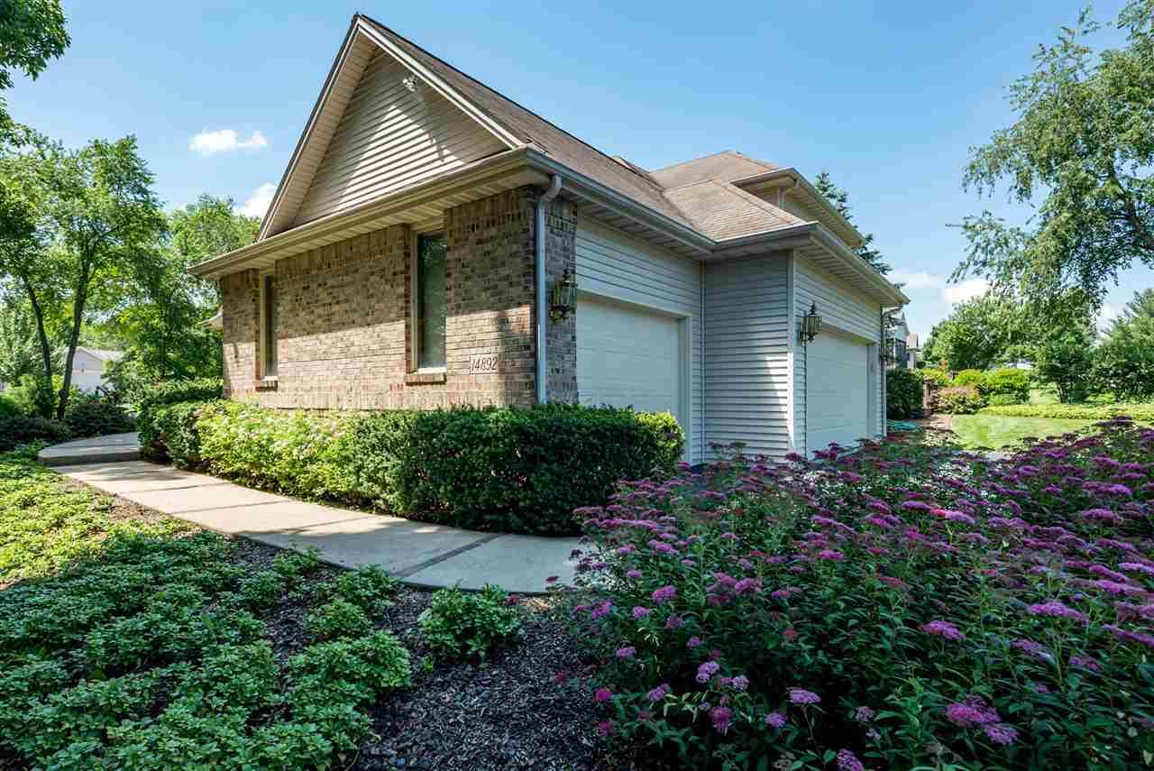 House, 2 Story - SOUTH BELOIT, IL (photo 3)