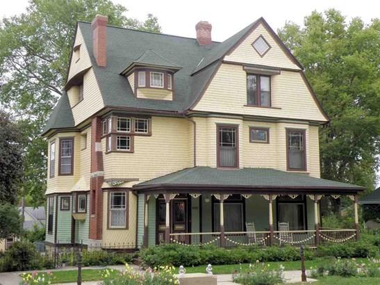 House, 2 Story - PECATONICA, IL (photo 1)