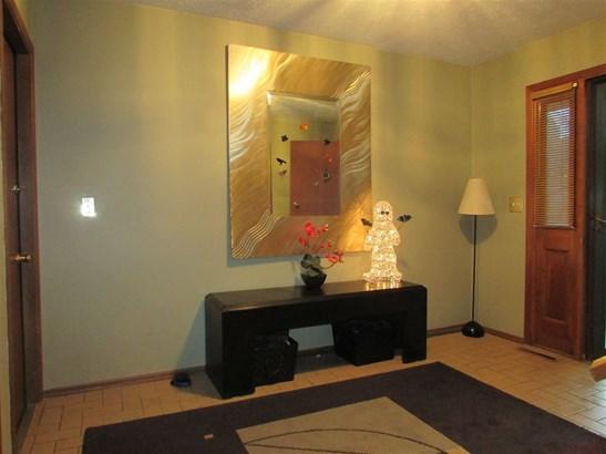 Tri/Quad/Multi-Level, House - ROCKFORD, IL (photo 2)