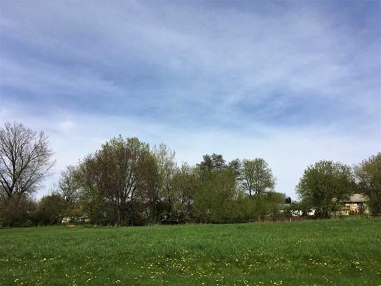 Land - POPLAR GROVE, IL