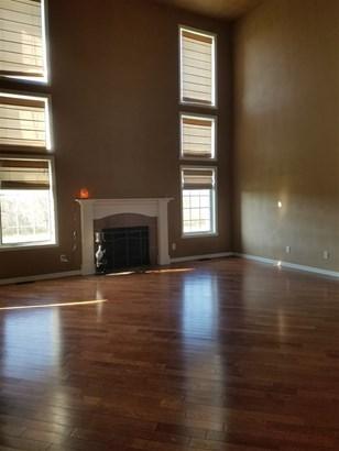 House, 2 Story - MACHESNEY PARK, IL (photo 3)
