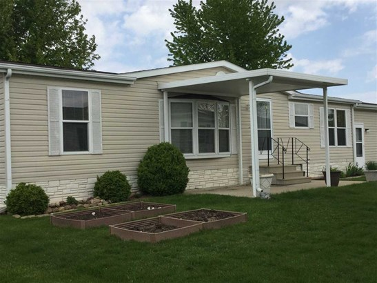 Mobile Home, House - BELVIDERE, IL (photo 2)