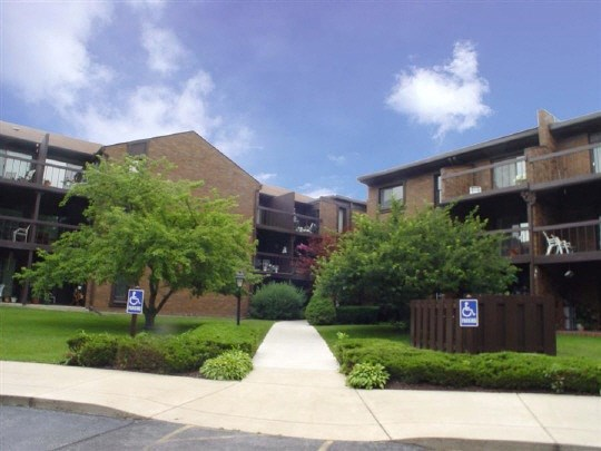 Condominium, Second Floor - ROCKFORD, IL (photo 1)