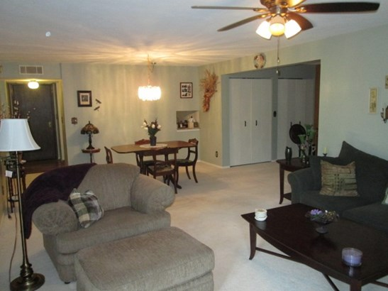 Condominium, Second Floor - ROCKFORD, IL (photo 4)