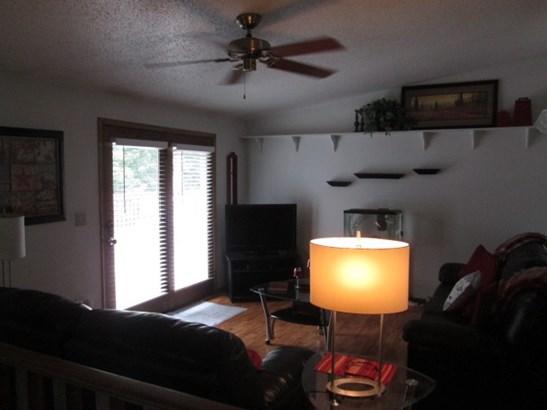 House, Bi-Level - POPLAR GROVE, IL (photo 3)