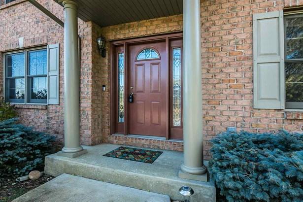House, 2 Story - ROSCOE, IL (photo 3)